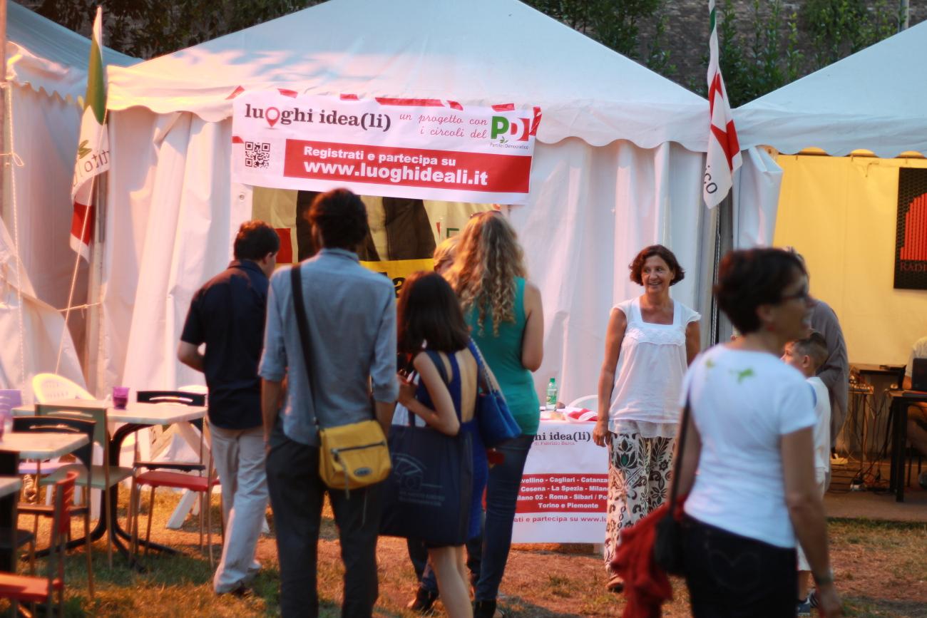 Lo stand dei luoghi ideali alla festa dell'Unità di Roma 2014